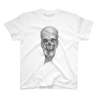 頭蓋骨と手 T-shirts
