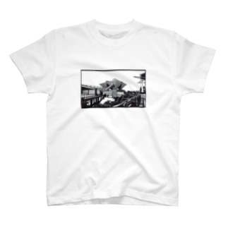 東京ビックサイト02 T-shirts