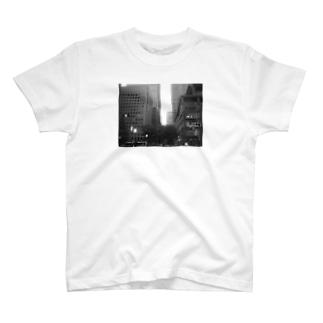 丸の内 T-shirts