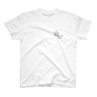 5nowのゴロゴロはちわれくん T-shirts