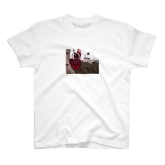 ノイシュバンシュタイン城 T-shirts