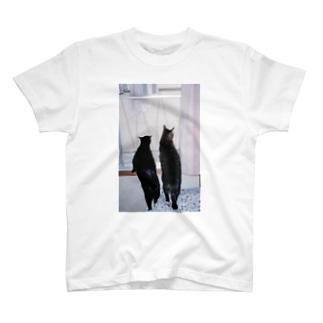 ベランダの向こう側 T-shirts