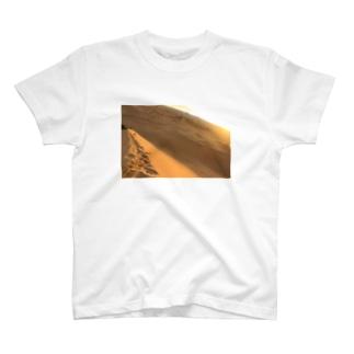砂漠 T-shirts