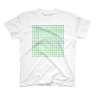 ☘️🌿🍀 T-shirts