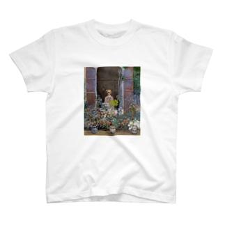 クロード・モネ / 1873/ Camille Monet at the Window, Argentuile / Claude Monet T-shirts