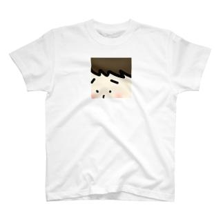 枠からはみ出ちゃった! T-shirts