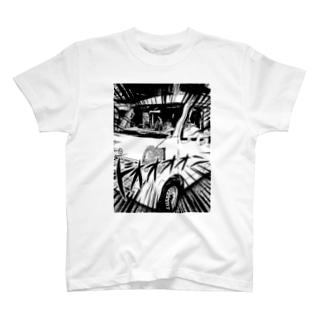 キャンピングカー納車記念 T-shirts