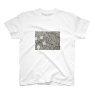 どうなるのこれ T-shirts
