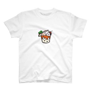 びぃ助のスイーツパフェ T-shirts
