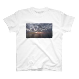 宵 T-shirts