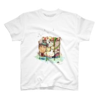 おやすみ前のふたごさん T-shirts