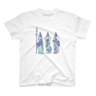 三角帽子 T-shirts