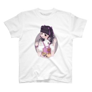 見返り量産型オタクちゃん T-shirts