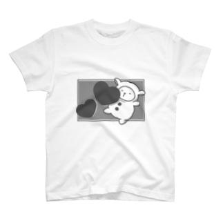モノクロセバス T-shirts