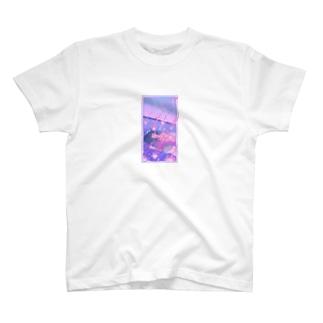 夢は天の川で泳ぐこと T-shirts