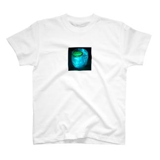 私とお酒と金曜日 T-shirts