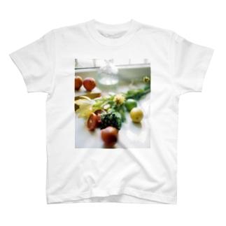 bfs art - fruits T-shirts