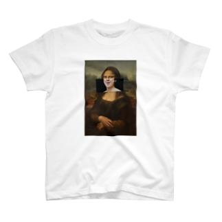 モナリザの微笑み T-shirts