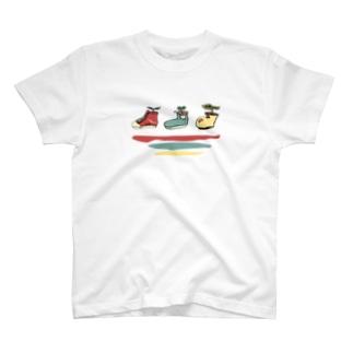 靴の植木鉢 T-shirts