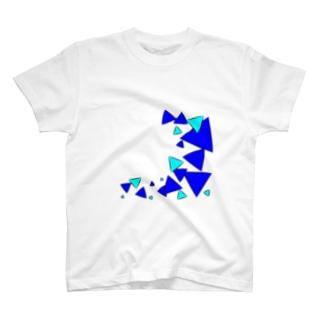 青三角 T-shirts