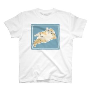 もふもふにゃんこ T-shirts