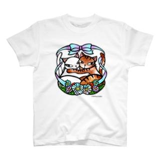 抱き合う猫♡ T-shirts