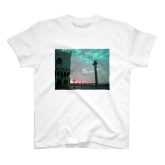 ヴェニスの朝焼け T-shirts