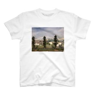沖縄虹 T-shirts