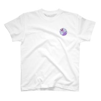 お昼寝ガール T-shirts