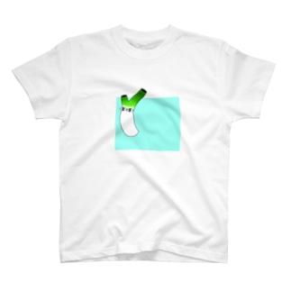 Flying negi T-shirts