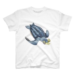 プラス ウミガメ T-shirts
