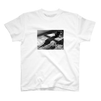 猫影 T-shirts