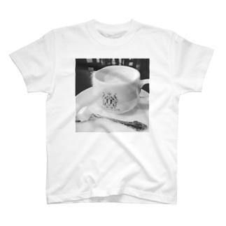 ふれば−作のシャツです。 T-shirts