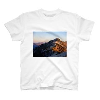 燕岳 T-shirts