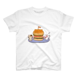 catsバーガー T-shirts