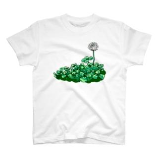 (両面印刷)アマビエさまとクローバー T-shirts