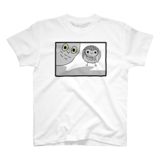 覗き見フクロウさん T-shirts