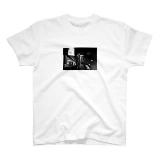 黒白ver.炭やき 銀の蔵店内 T-shirts