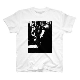WECANNOTのセロ弾きのゴーシュ T-Shirt