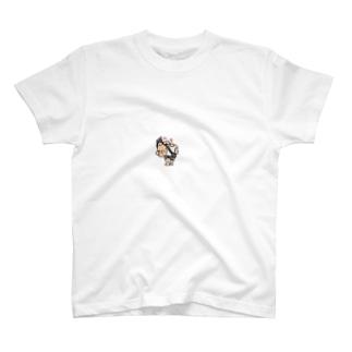 金バエ T-shirts
