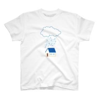 雨の降る家 T-shirts