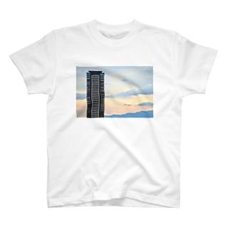 ノスタルジックビル T-shirts