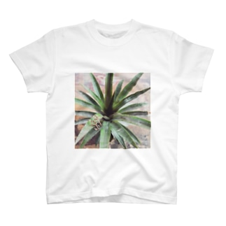 Lovering T-shirts