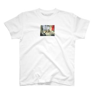 """猫 - NNSS - 2020 """"twins"""" T-shirts"""