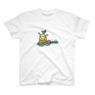 浮くlele T-shirts