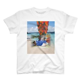 ホエールドドドカーンプレミアム T-shirts