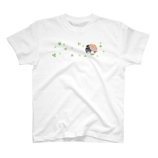 はなくいバク(クローバー) T-shirts