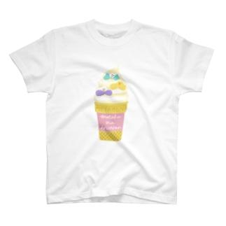 メタボなインコさん_ソフトクリーム T-shirts