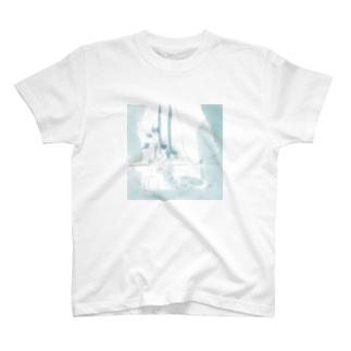 朝の風 T-shirts