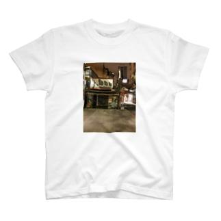 夜の台北 閉店後 T-shirts